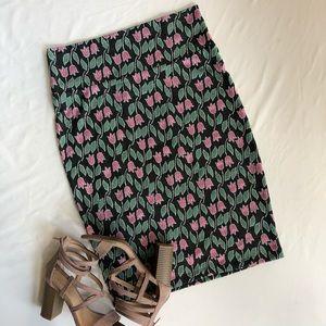 LuLaRoe small pencil skirt floral print